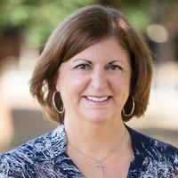 Notary Public in Fresno, California 93720, Joan Van Deelen