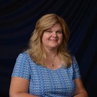 Notary Public in Canton, Michigan 48187, Linda Gmeiner