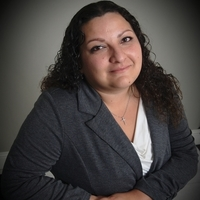 Notary Public in Ontario, California 91761, Veronica Munoz