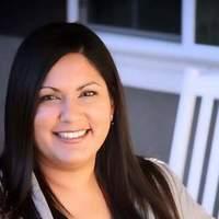 Notary Public in Grand Prairie, Texas 75052, Rebecca Flores  Castro