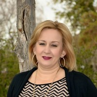 Notary Public in Tolleson, Arizona 85353, Dina  Schlosser