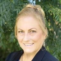 Notary Public in Northridge, California 91325, Diana Anderson