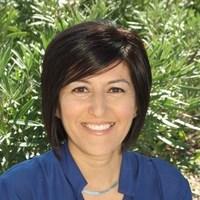 Notary Public in Coalinga, California 93210, Maxine Garcia