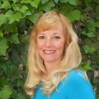 Notary Public in Cottonwood, Arizona 86326, Cindy  Mitchell