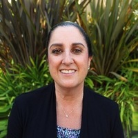 Notary Public in Calabasas, California 91302, Stephanie Steren