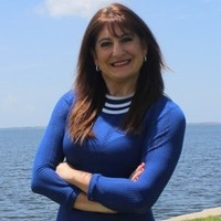 Notary Public in St. Petersburg, Florida 33702, Caroline Fielding