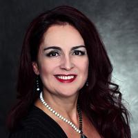 Notary Public in Houston, Texas 77027, Cristina Pirataie